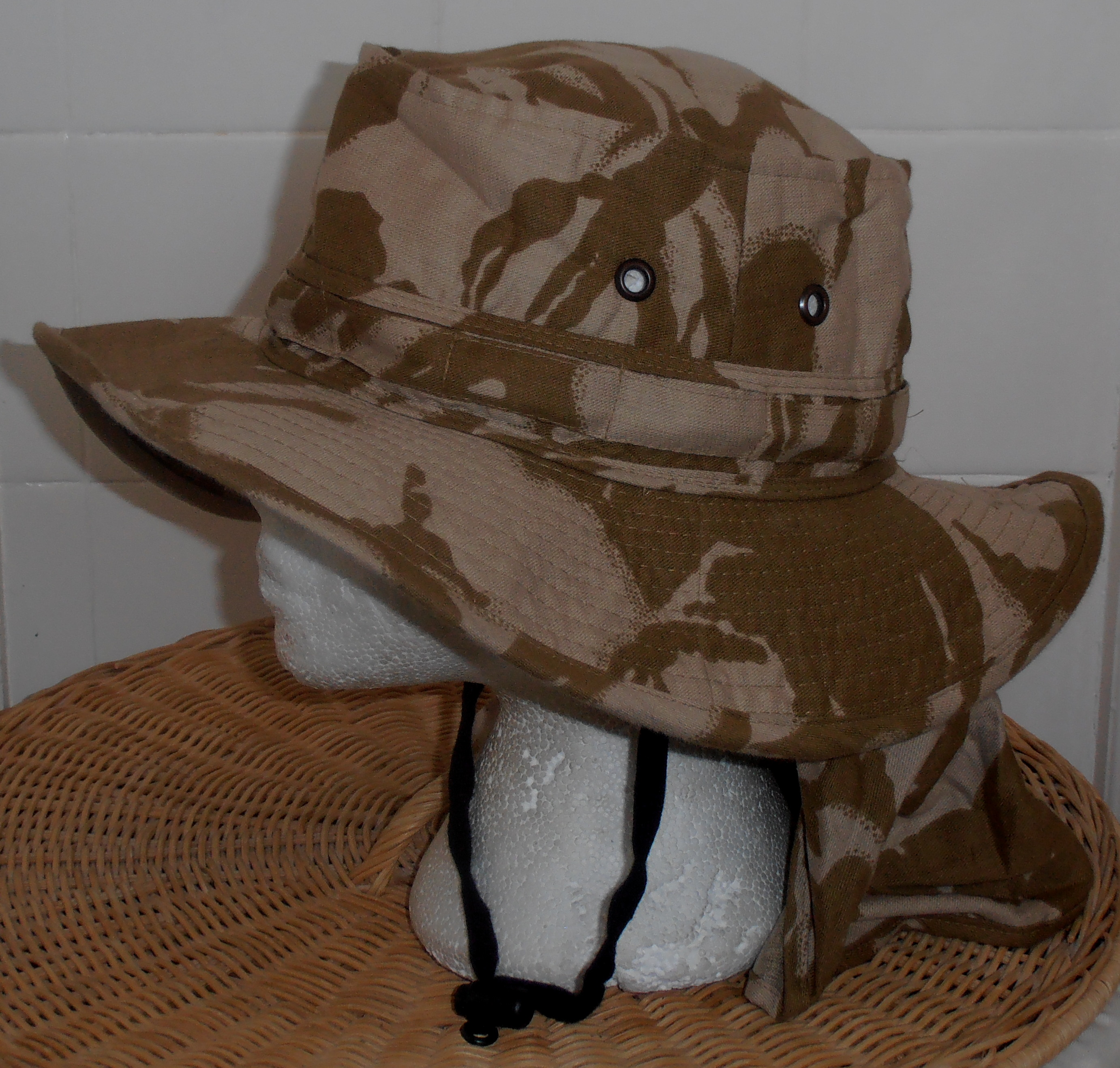 New Zealand Defence Forces Desert DPM wide brimmed boonie hat  2e97e75e0ed